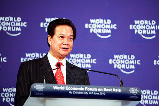 Nguyen_Tan_Dung_-_World_Economic_Forum_on_East_Asia_2010