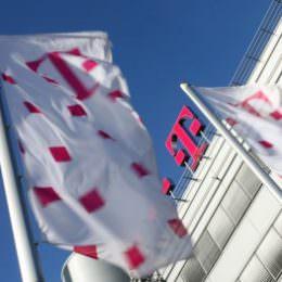 Telekom akzeptiert Drossel-Verbot bei Flatrates - und kündigt neue Volumentarife an