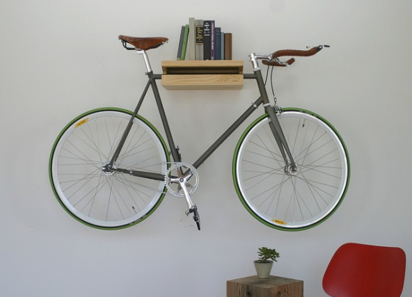 basic gadgets must have gadgets f r fahrrad freaks. Black Bedroom Furniture Sets. Home Design Ideas
