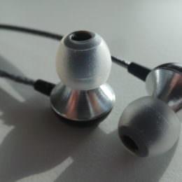 RHA MA600i im Test - Kraftvolle In-Ear-Kopfhörer aus Flugzeugaluminium
