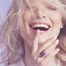 "Smarte Schmuckstücke: ""Ringly"" bringt blinkende und vibrierende Ringe. Nervig, oder?"