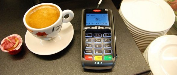 800px-Mobile_payment_02