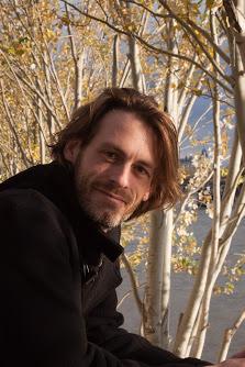 Dirk Primbs produziert den täglichen Podcast Anerzählt.