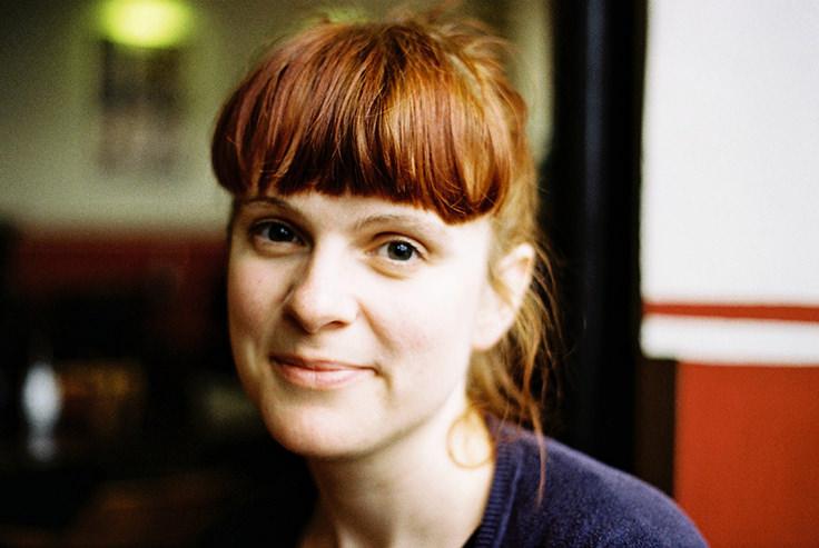 Katrin Rönicke betreibt zusammen mit Barbara Streidl und Susanne Klingner den feministischen Lila-Podcast. Foto: Fiona Krakenbürger, CC-BY-SA 2.0