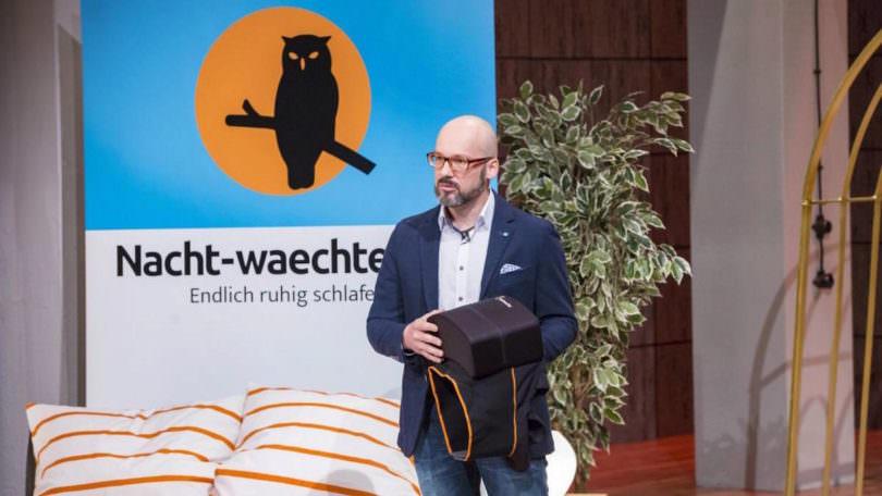 Nachtwächter Schlafweste / Marcus Ruoff / Nacht-waechter / Die Höhle der Löwen / VOX / Ralf Dümmel