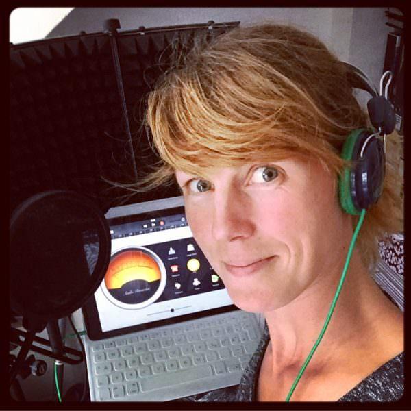 """Nora Hespers bloggt und podcastet als """"Die Anachronistin""""."""