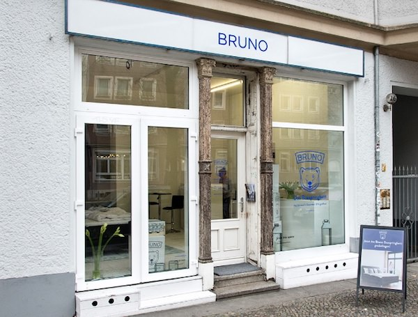 matratzen start up bruno setzt auf showrooms basic thinking. Black Bedroom Furniture Sets. Home Design Ideas