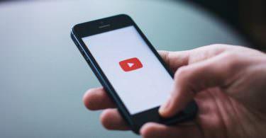 NFL-Star engagiert sich für YouTube Kids