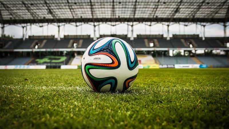 Bundesliga-Rechte: Eurosport greift Sky an