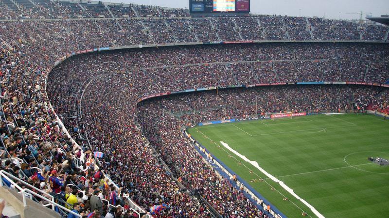 Neue Insights zu Fußball-Videos auf Facebook & YouTube