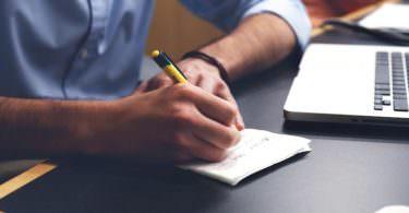 Start-up Gründer Gründung Entrepreneur Gesellschaftsvertrag