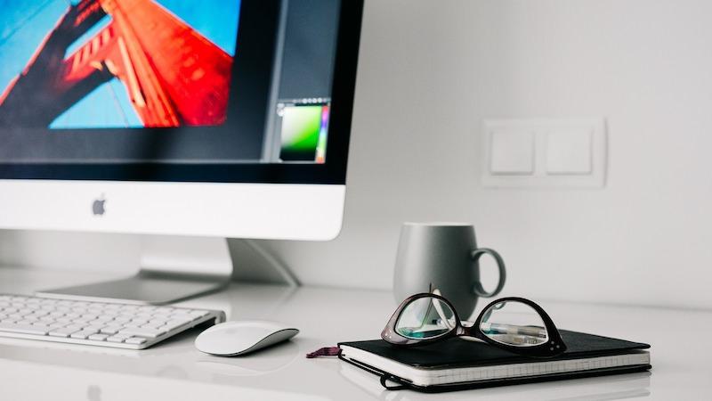 Unternehmensgründung Fehler Scheitern Vorbereitung Startup Start-ups Schreibtisch