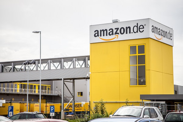 Amazon, Logistikzentrum