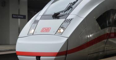 Einer der neuen ICE-4-Züge (Foto: Deutsche Bahn/Oliver Lang)