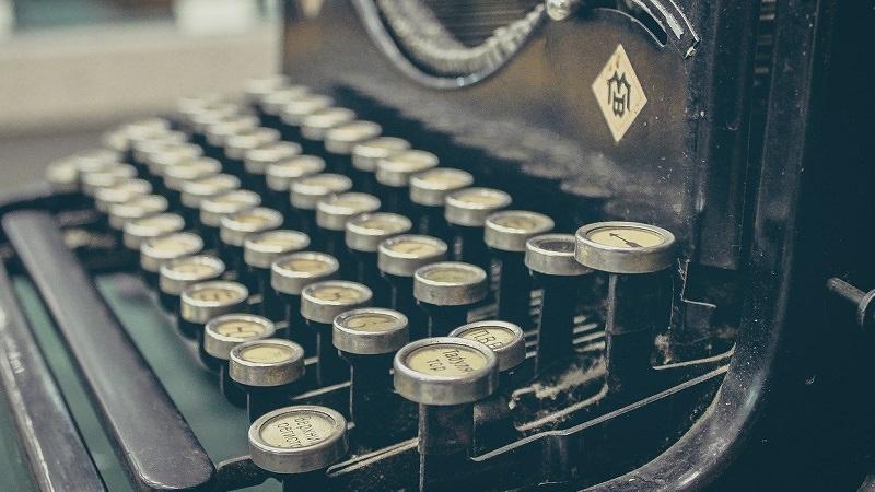 Schreibmaschine, Journalismus, Reuters Digital News Report