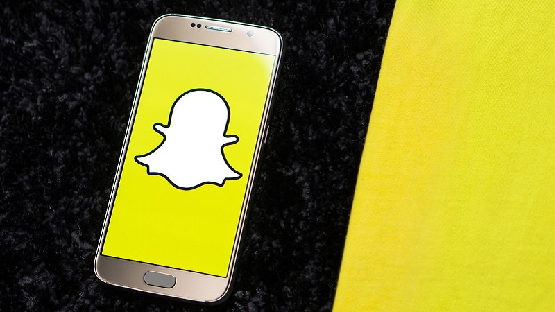 Snap, Snapchat, Messenger, Programmatic