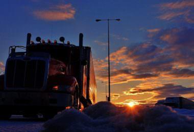 LKW, Logistik, Sonnenaufgang