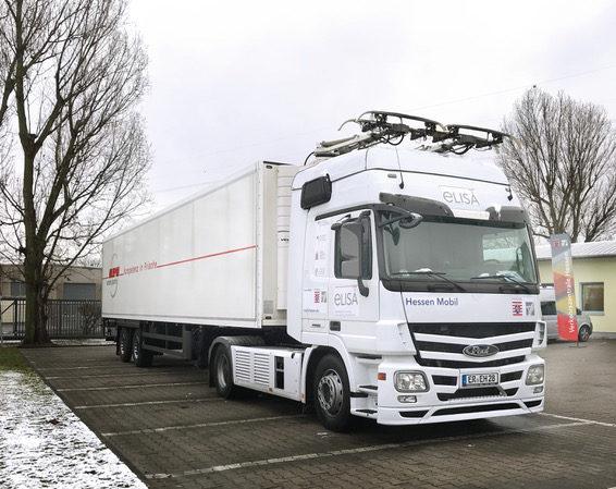 LKW Oberleitung eHighway Hessen Mobil
