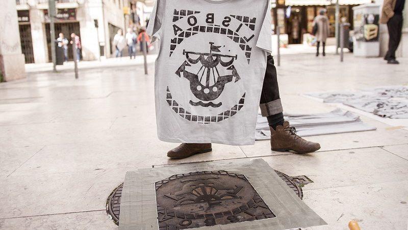 Raubdruckerin Streetart Lissabon
