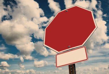 Stoppschild, Stopp, Verkehrszeichen, Verkehrsschild
