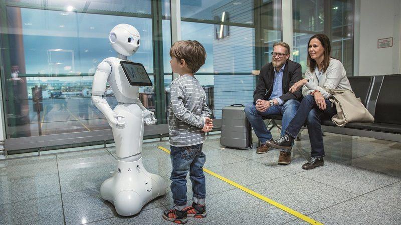 Josie Pepper Roboter Flughafen München