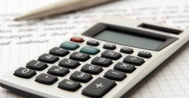 Taschenrechner, Bleistift, Block, Finanzierung, Finanzierungsmöglichkeiten