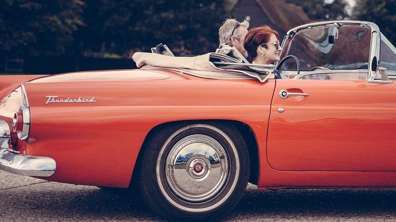Senioren Oldtimer Auto