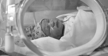 Baby, Brutkasten, Inkubator