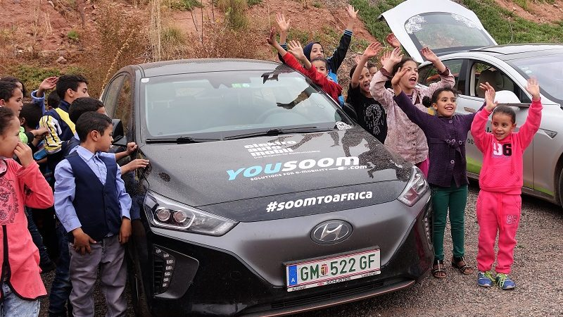 Kinder Marokko Kurt Krautgartner Reise Elektroauto