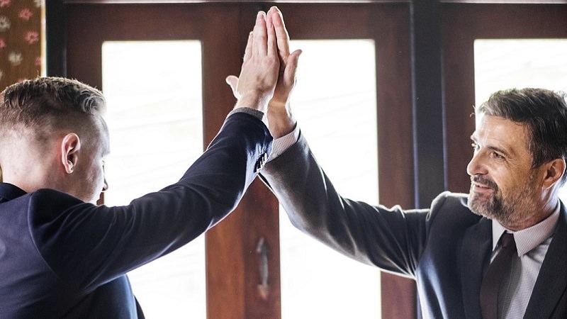 High Five, Check, Abklatschen, Gründerkultur
