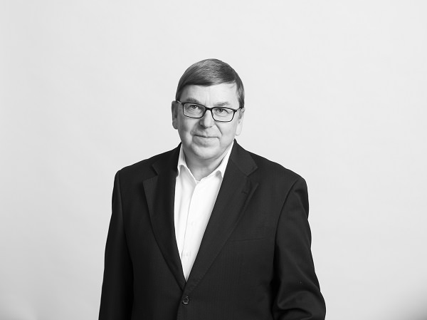 Klaus Holthausen