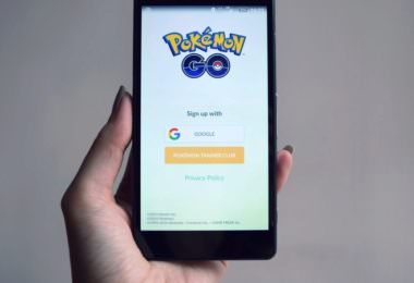 In jedem Trendreport taucht das Thema auf: Augmented Reality. Es wird unser Leben verändern, unsere Realität bereichern. Trotz vielen Vorhersagen tut sich das Thema aber noch schwer. Welche Hürden muss die Technologie überwinden? Und was haben sowohl Pokémon Go als auch das Sportbusiness damit zu tun?