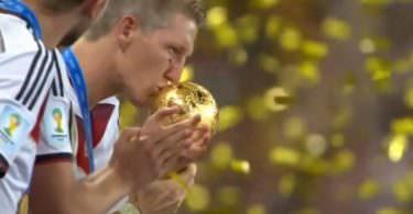 Fußball Weltmeisterschaft, WM 2018, WM-Pokal, YouTube-Fans