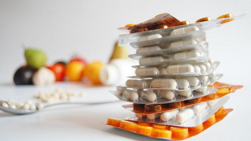 Tabletten, Pillen, Medikamente, Online-Apotheken, Apoteheke