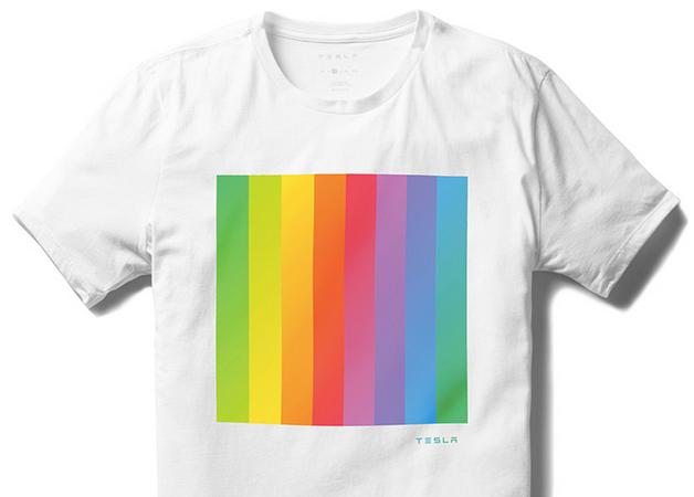 Pride-Shirt Tesla