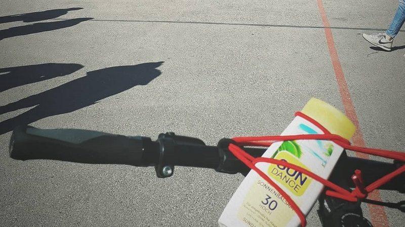 Carryyygum Gepäckträger Sonnencreme