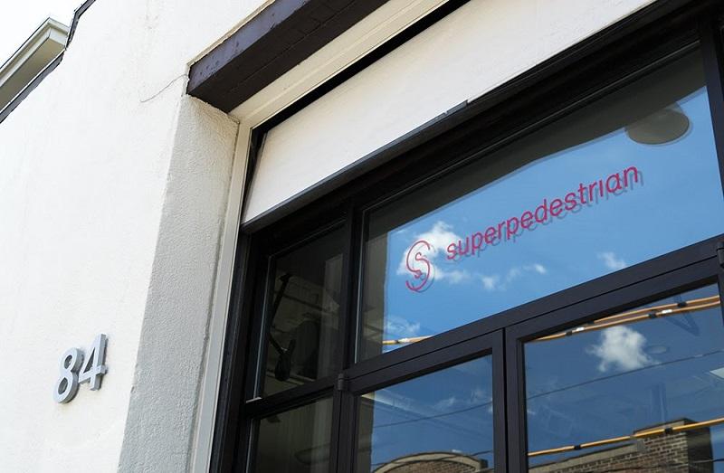 Tür Logo Superpedestrian