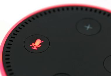 Amazon. Amazon Echo, Voice