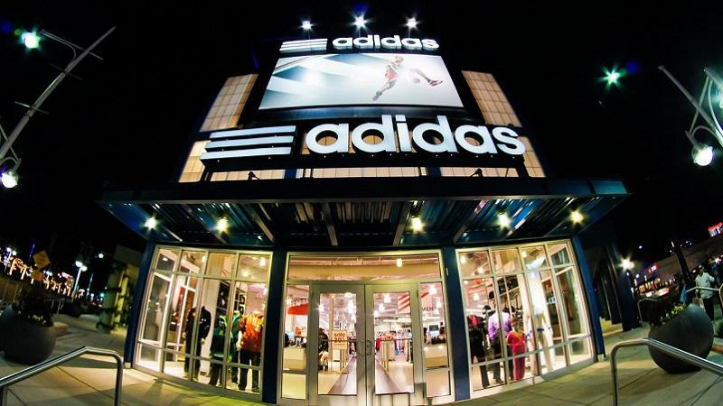 Adidas, Store