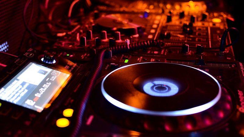DJ Disko Club Plattenteller Musik