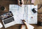 Laptop Karte Reiseplanung