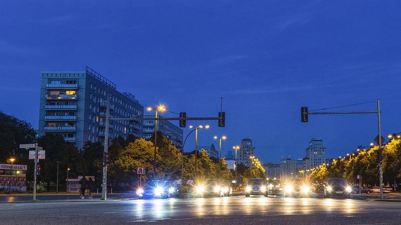 Berlin Straße Autos Nacht