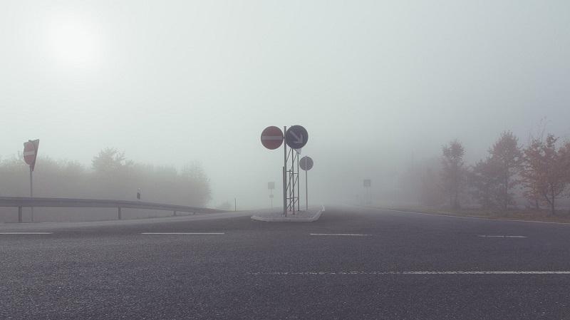 Autobahn Einfahrt Ausfahrt Nebel