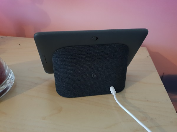 Google Home Hub, Smart Display, Smart Speaker