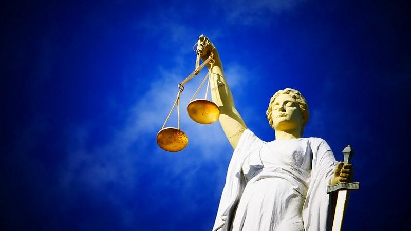 Justitia, Justizia, Recht, Gesetz, gesetzliche Änderungen