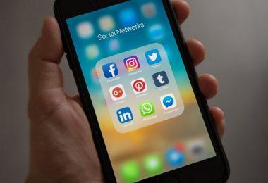 Social Media, soziale Netzwerke, Facebook Messenger, WhatsApp, Instagram