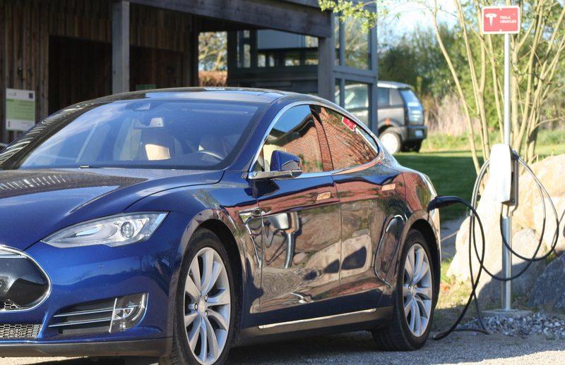 Ladestation Tesla Supercharger Janbecks Fairhaus