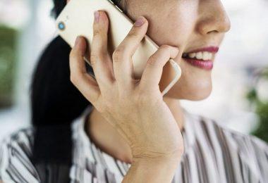 Smartphone am Ohr, Telefon, telefonieren, höchste Smartphone-Strahlung