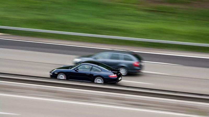 Autobahn, Geschwindigkeit, Tempolimit
