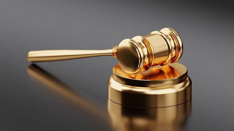 Gericht, Urteil, Richter, Rechtsprechung, Fake Follower auf Instagram, Instagram-Follower kaufen